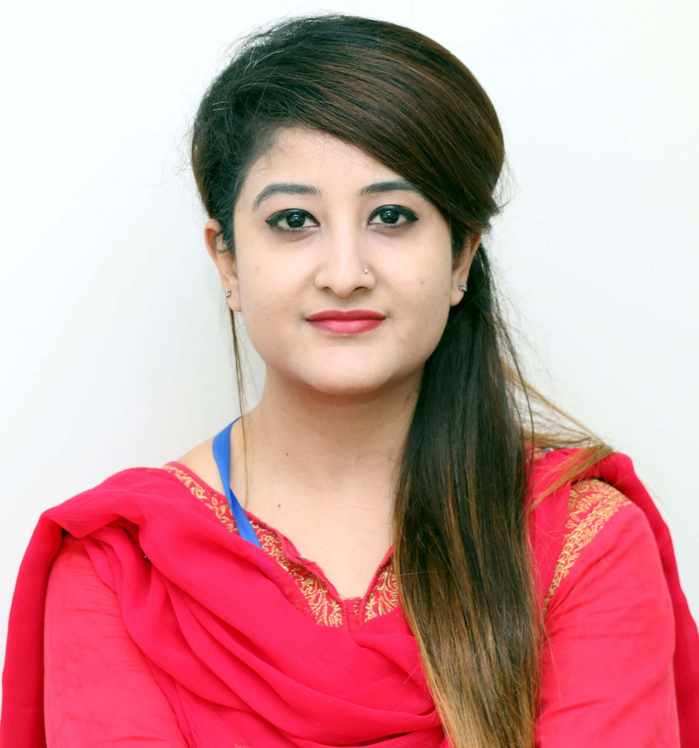 Dr.Maheen Mansoor scaled